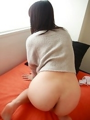 Innocent and adorable Japanese av idol Seki Manami lies in bed waiting for you